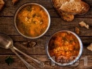 Рецепта Супа от коприва по селски с ориз, моркови и домати